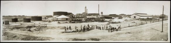 Union Oil Company at Bakersfield 1910