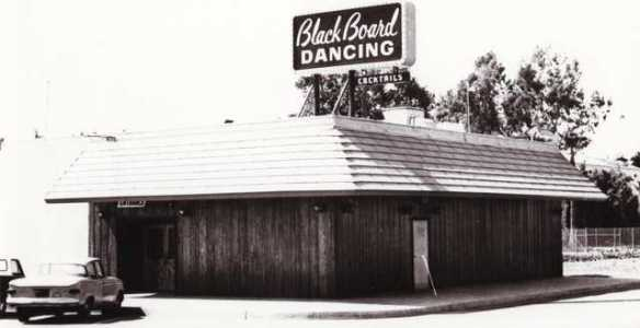 Black Board Dancing Club
